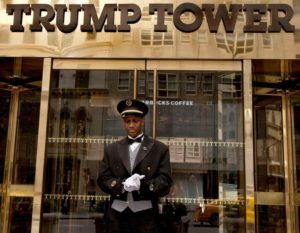 trump-doorman